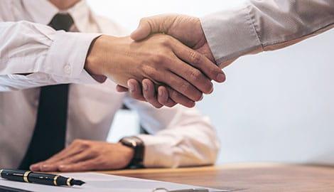 Handshake Business Pen Paperwork | GreenBee